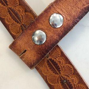 Vintage Accessories - [Vintage] Genuine Leather Novelty Bear Belt